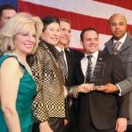 Lyda accepting Center for Brain Health Legacy Award